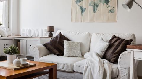 Dica de decoração: como deixar seu sofá mais aconchegante