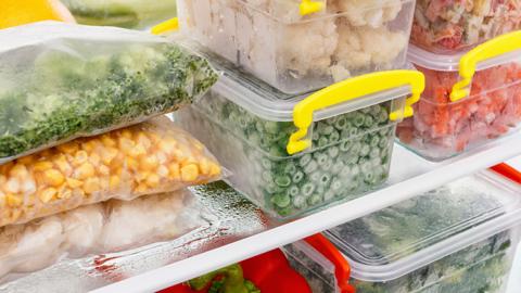 Desperdício zero: aprenda a congelar seus legumes e temperos