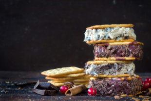 Prepare uma sobremesa diferente: o delicioso sanduíche de sorvete