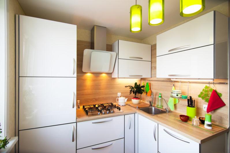Aprenda os melhores truques para decorar uma cozinha pequena