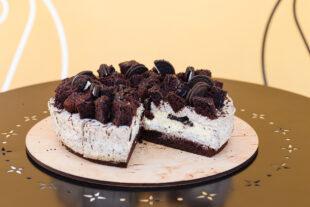 Deliciosa torta de sorvete com Biscoito Neo