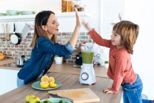 3 dicas de sucos deliciosos e saudáveis – e 1 vitamina – para o lanche da tarde